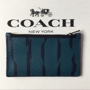 Coach Zip Card Case With Disrupted Stripe Print